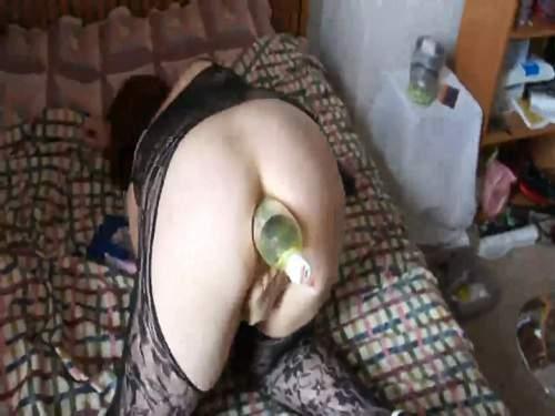 Amateur cola Bottle anal fuck