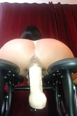 Fuckmachine driller sexy booty wife webcam