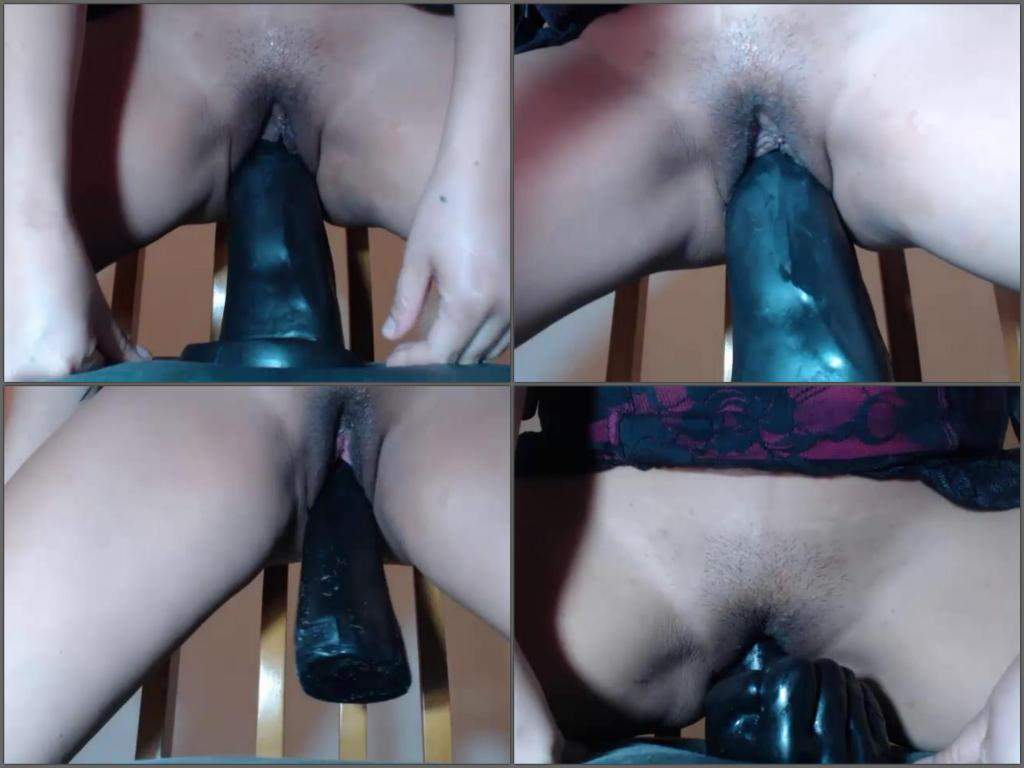 Extreme Deep Insertions Porn Pics