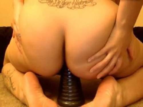 Awesome bald slut pyramid dildo penetrated anal
