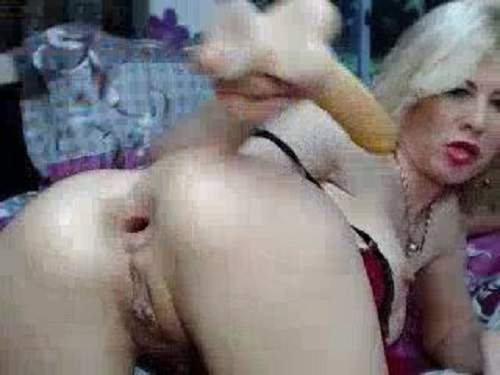 Unusual webcam horny blonde with giant labia