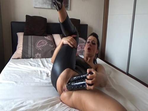 Spandex fetish and double dildo penetration