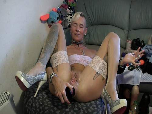 Plug anal hard fuck  – skinny Isabella webcam show