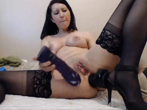 Hardcore double penetration – inflatable dildo anal and pussy