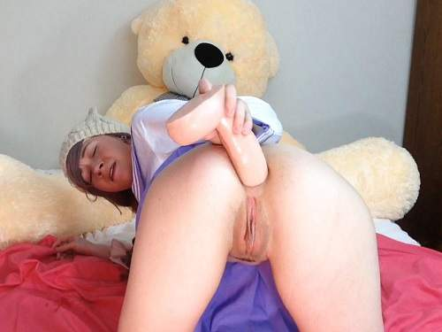 Dirty Sammy colossal dildo penetration solo in ass