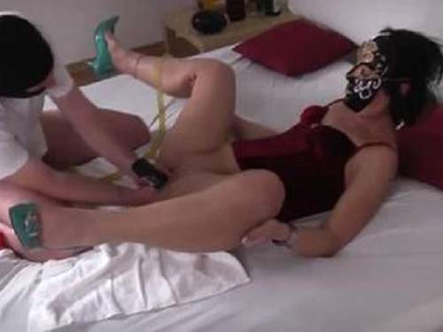 Masked wife enjoy coca-cola bottle fuck and fisting too