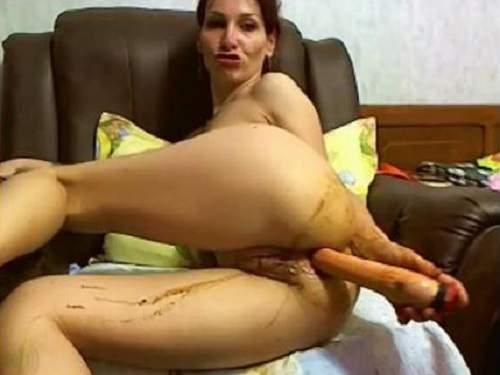Dirty russian milf penetration shitting dildo in ass