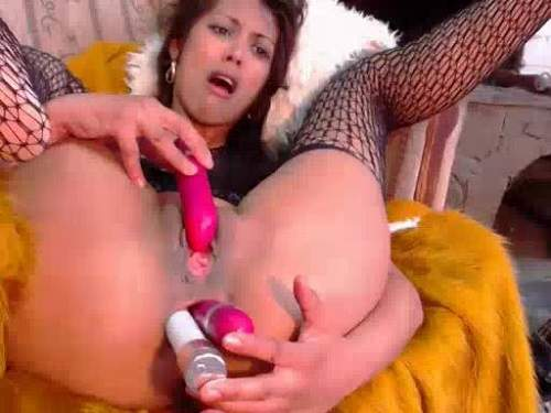 Hot brunette double dildo inserted herself into loose ass