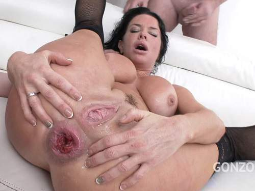 New 12.05.2017 Veronica Avluv anal fisting and dildo fuck hardcore