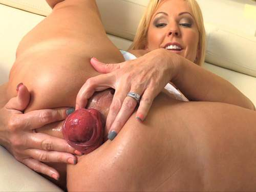 Huge anal prolapse loose mature with huge tits
