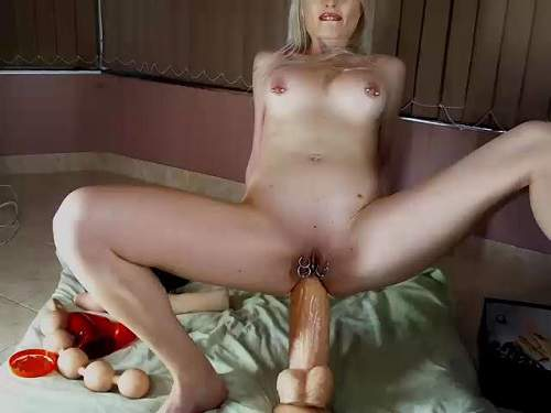 Russian big tits blonde nipples pump and shocking dildo rides anal