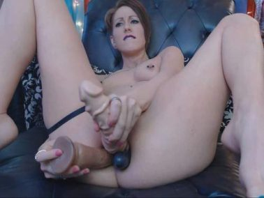 MoxiMinx triple anal penetration with dildo and try anal fisting