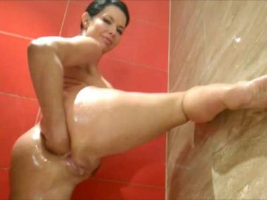 Rare amateur 3 videos with Veronica Avluv – fisting, dildo blowjob