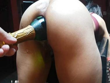 Big ass wife gets many different bottles in rosebutt anus
