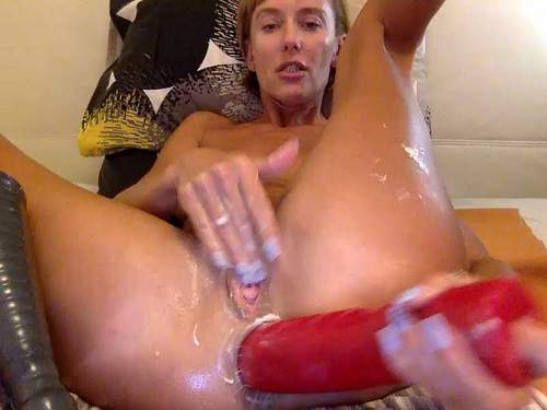 Russian kinky wife Bbmix996 huge dildos insert in gaping anus