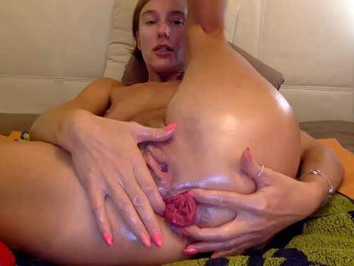 Bbmix996 big anal rosebutt stretched with her giant pyramide dildo