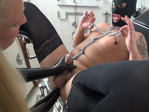 Slave femdom fisting and huge black balls gets