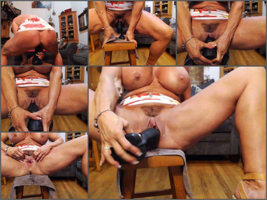 Musclemama4u big clit,Musclemama4u hairy pussy,Musclemama4u dildo porn,Musclemama4u dildo penetration in pussy,muscular mature dildo porn