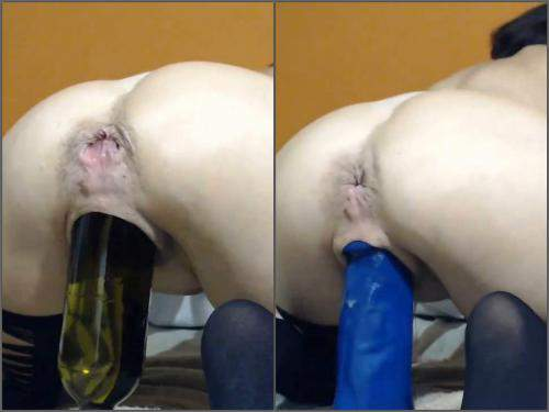 Huge dildo – Webcam milf Queenvivian wine bottle deep penetration in sweet pussy