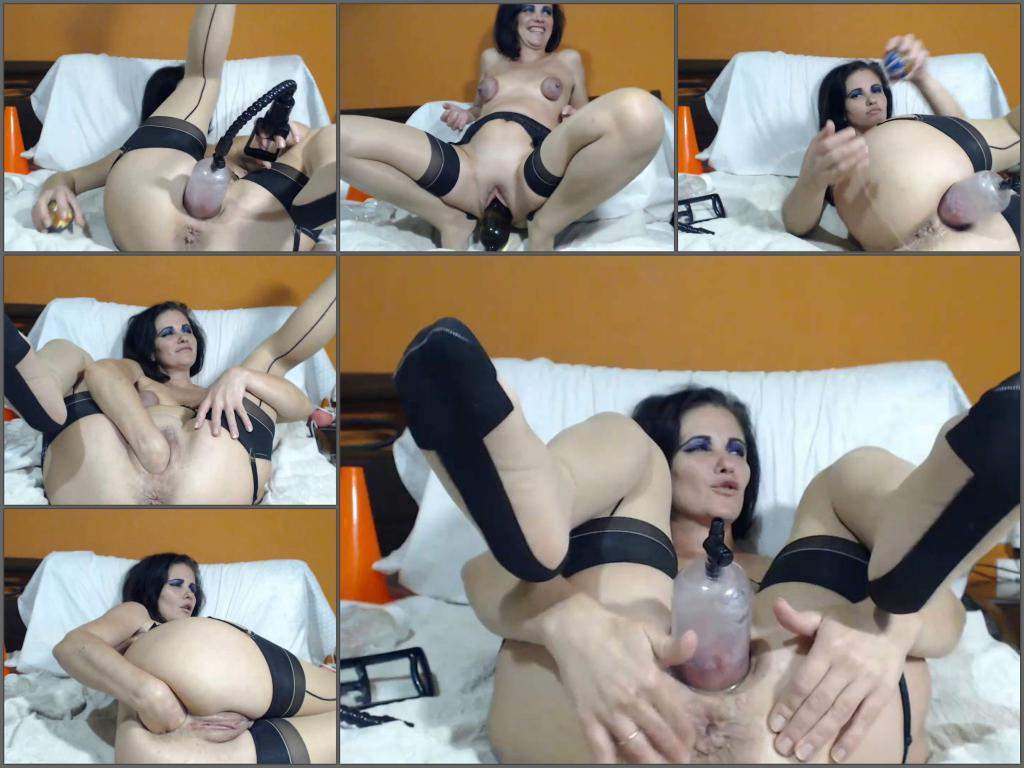 Queenvivian pussy pump,Queenvivian vaginal pump,Queenvivian bottle rides,bottle riding,bottle penetration vaginal,self fisting,solo fisting,fisting video,girl gets fisted,anal fisting
