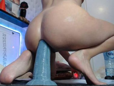Dildo porn - Siswet19 liveshow – elephant trunk and other dildos in ass