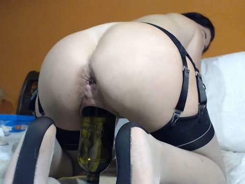 Dildo anal – Queenvivian wine bottle and dildo sex vaginal webcam show