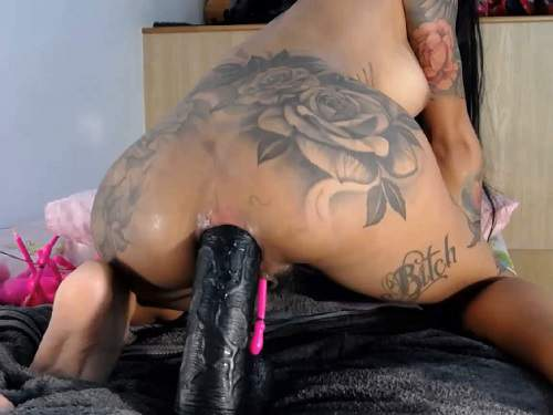 Squirt – Webcam Asianqueen93 herself stretched rosebud after rough dildo sex