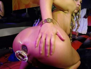 Dildo anal - SiswetLive porn show with her GF – fucking machine porn and pussypump