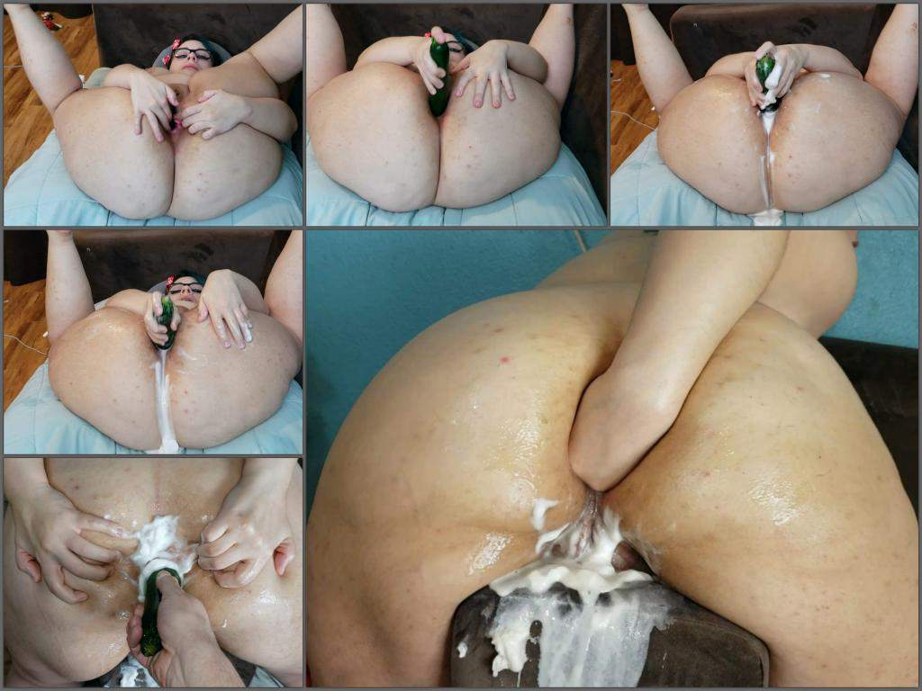 Mature wife nude before after
