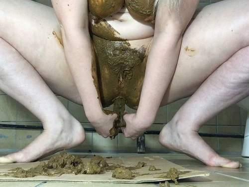 Scat dildo – ChubbiBunni JOI pussy smear and shitting dildo sex