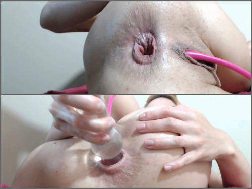 Close up – Kinky redhead girl Justmichelle ruined her narrow anus