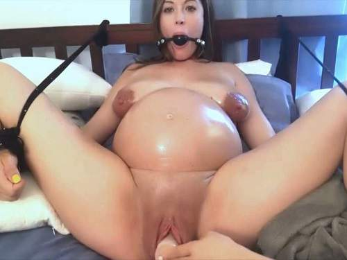 Webcam – Cute bondage preggo girl with saggy tits gets dildo fuck