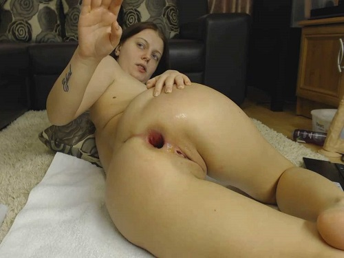 Dildo porn – Romanian brunette Alexxxkitty anal play fisting and dildo sex