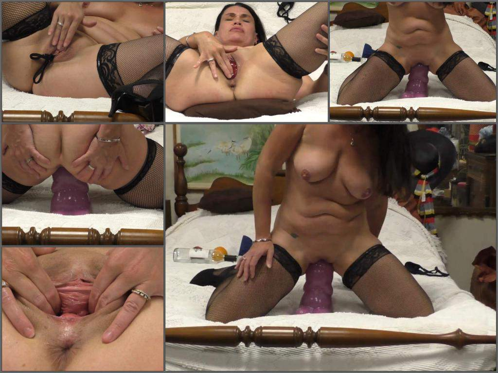 Hottabbycat big bad dragon extreme,Hottabbycat 2019,Hottabbycat dildo sex,Hottabbycat dildo penetration,dildo in pussy,bad dragon dildo penetration,pussy stretching,pussy prolapse,vegetable porn