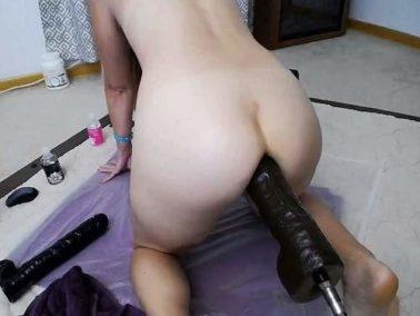 Mature anal - Blonde MILF Wynfreya anal gape loose with fucking machines