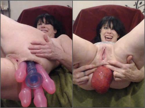 Prolapse porn – Horny mature 5 dildos anal and prolapse – Premium user Request