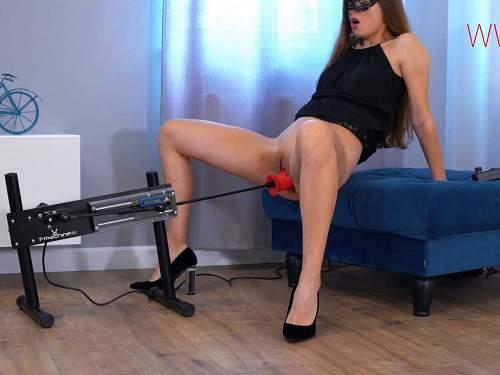 Closeup – SexyNaty fucking machine vaginal driller and loose gape anal