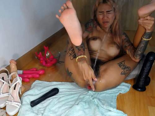 Anal – Tattooed hairy asian queen Asianqueen93 rosebutt squirt