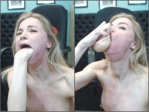 Spitting – Tattooed blonde rough deepthroat fucked with fist and dildo
