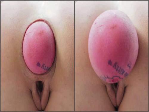 Closeup – Big ass MILF Lovesanalxxx penetration giant ball anal outdoor
