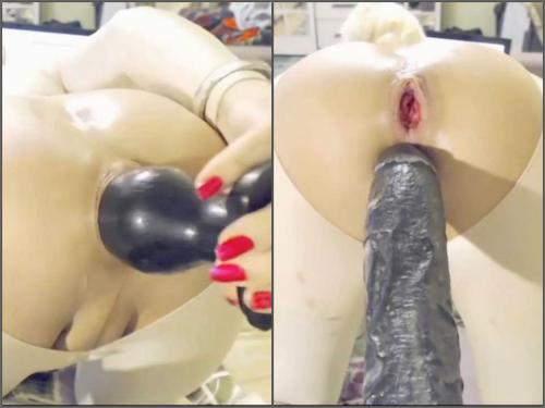Dildo anal – Webcam shemale monster dildos penetration closeup in doggy pose