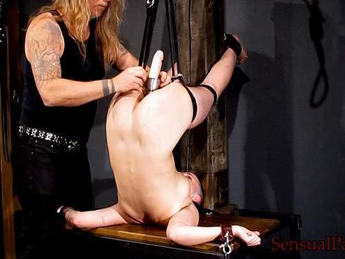 Amateur bdsm – Bald pornstar Abigail Dupree speculum and dildo fuck examination