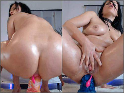 Bad Dragon – Big tits brunette MILF bad dragons and double dildos penetration herself