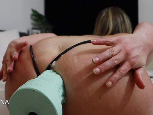 Fucking machine – Helena Lana huge bad dragon fucking machine anal driller