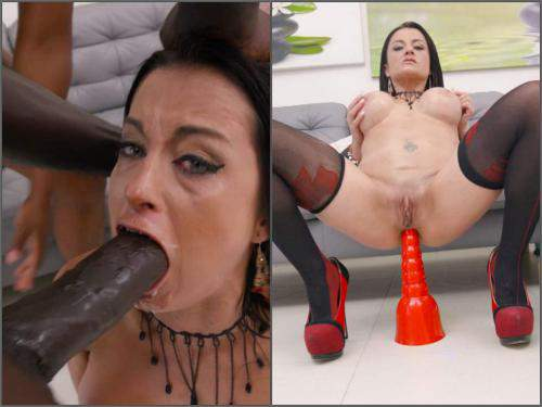 Huge dildo – Busty MILF Bianka Blue gets peeing domination and DAP sex