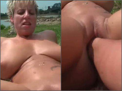 Amateur fisting – German big tits MILF love public outdoor fisting sex and dildo penetration
