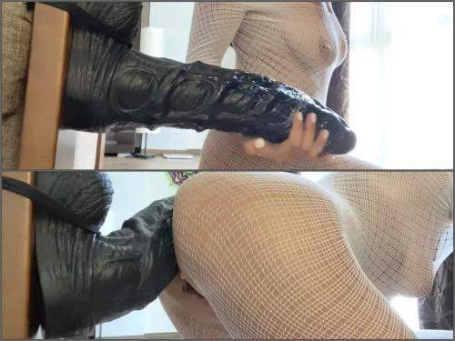 Closeup – Booty large labia wife fully ride on a bad dragon colossal dildo