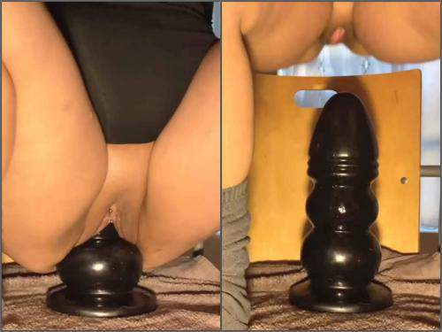 Pussy insertion – Monster bad dragon dildos deep penetration in her wet pussy homemade