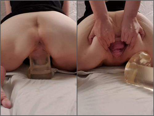 Amateur – StretchGirl85 stretching my loose gaping pussy with big clear dildo – Premium user Request