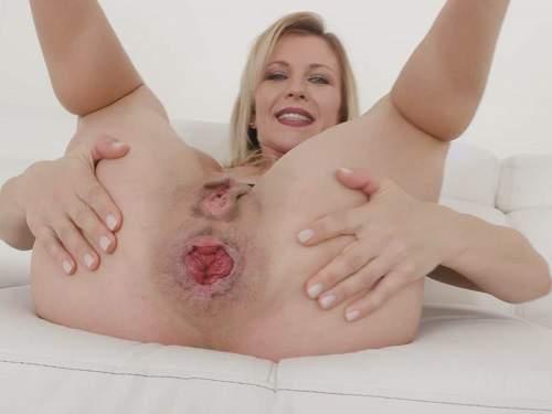 Dildo anal – Sindy Rose anal rosebutt loose and interracial DAP and DVP